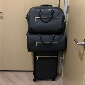 NWT Michael Kors 3 Piece Luggage Set